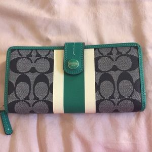 NEW coach wallet